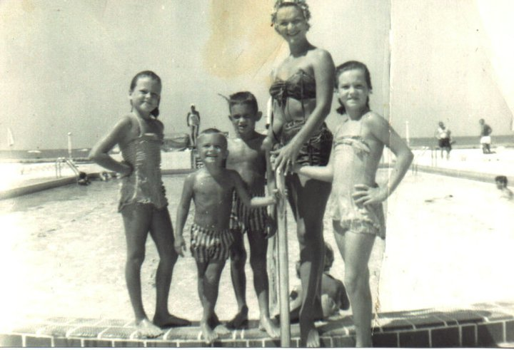 1964 ~ Eve at Phoenix Pool: Renee, Pamela, David, Charley
